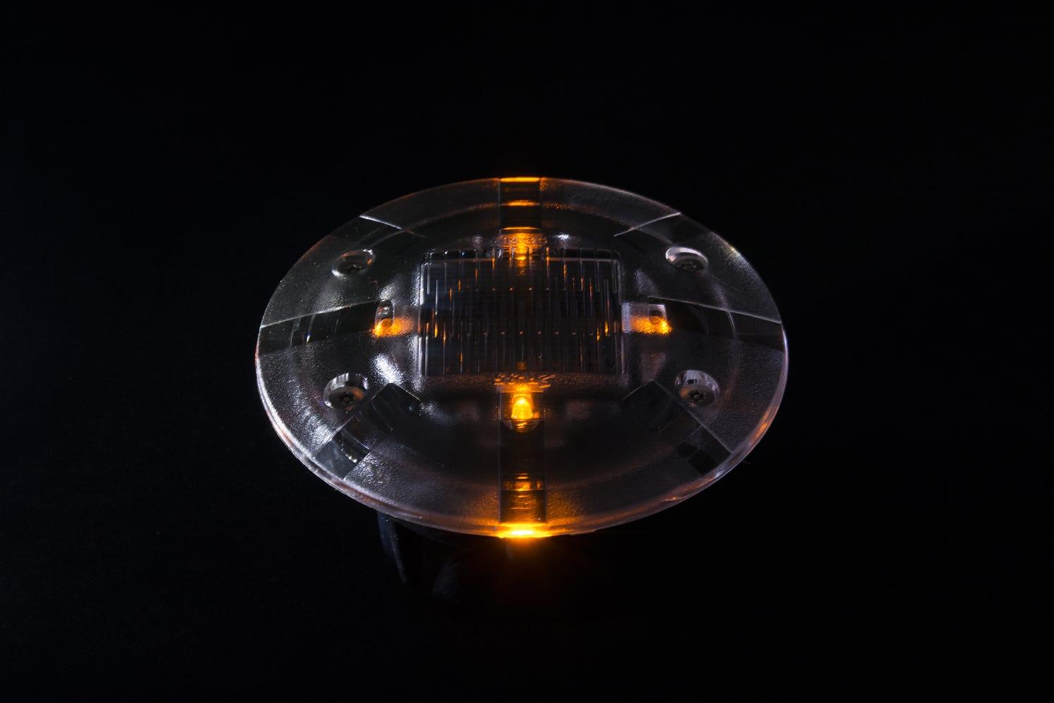 Plot LED solaire pietons velos ECO-35 ambre