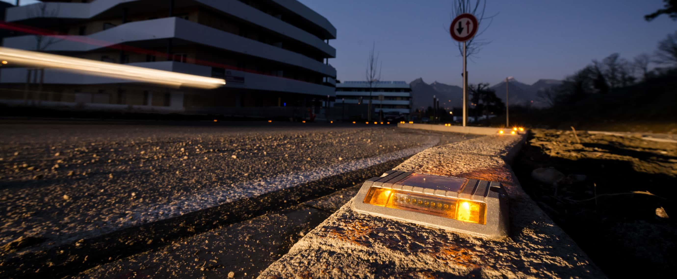Balisage sécurité LED signalisation plot solaire ECO-118 Eco-Innov