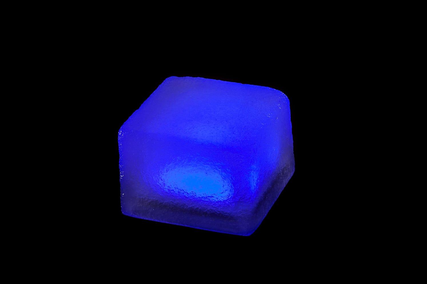 Pavé lumineux multicolore carré 100x100 : ECO-STONE99 bleu