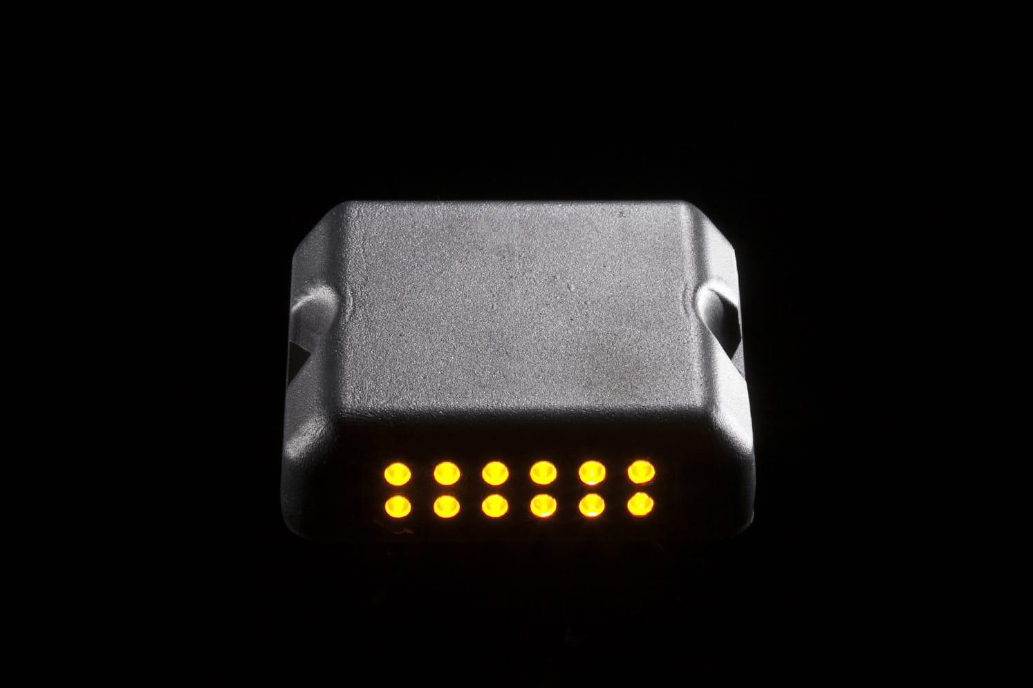 Balise LED clignotant sécurité et signalisation ECO-824 ambre