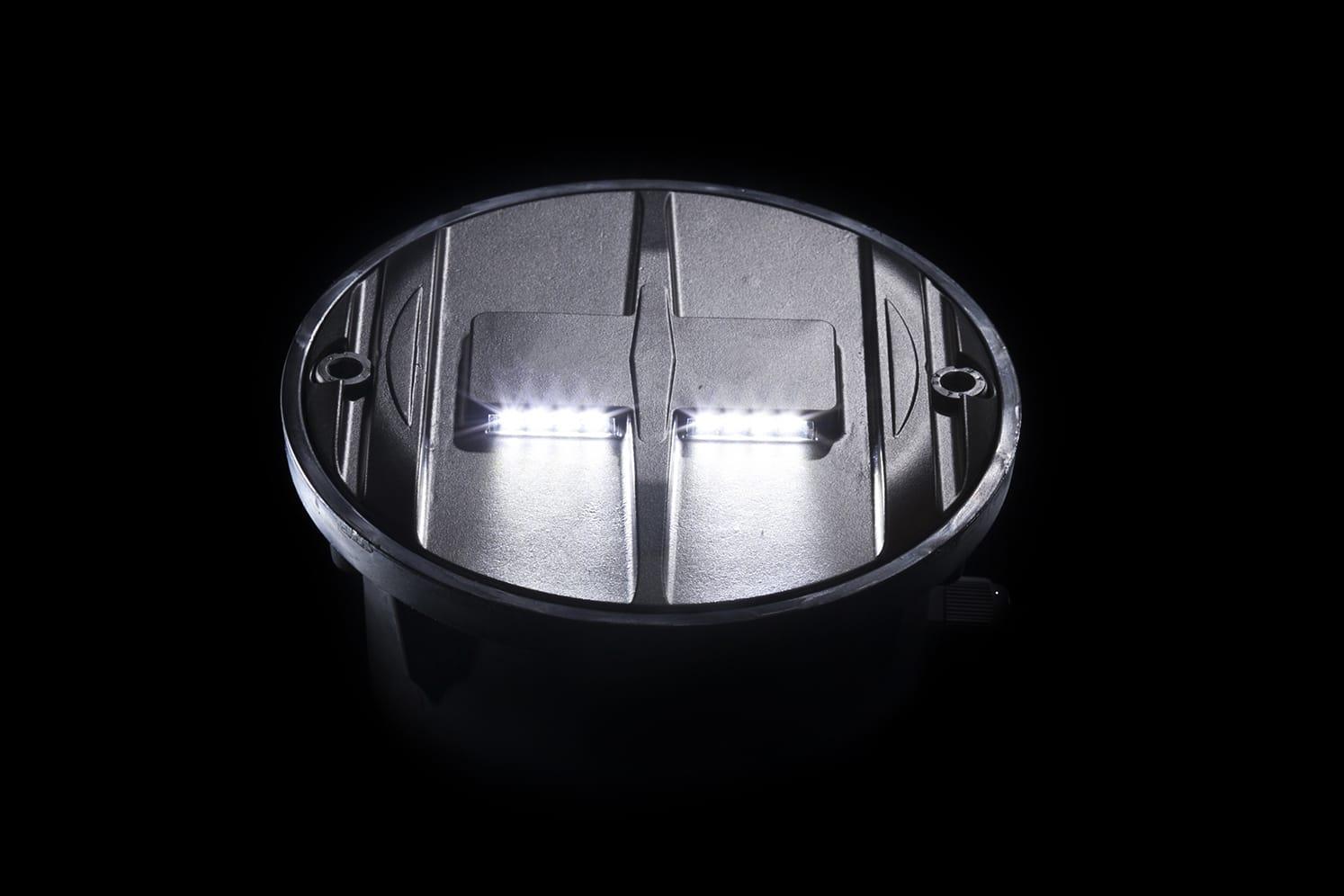 Plot LED pour route, plateaux surélevés, passage-piéton ECO-848 blanc