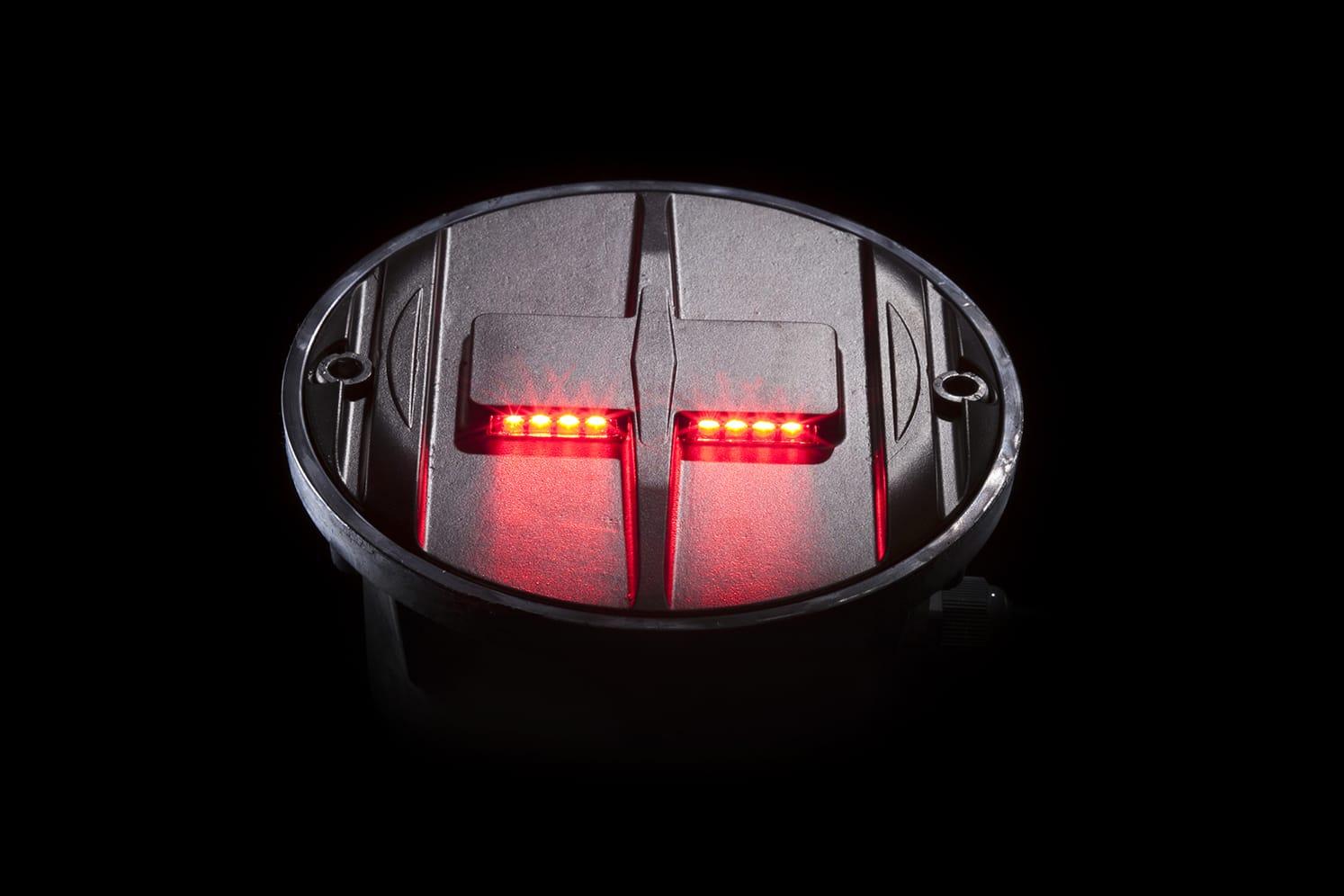 Plot LED pour route, plateaux surélevés, passage-piéton ECO-848 rouge