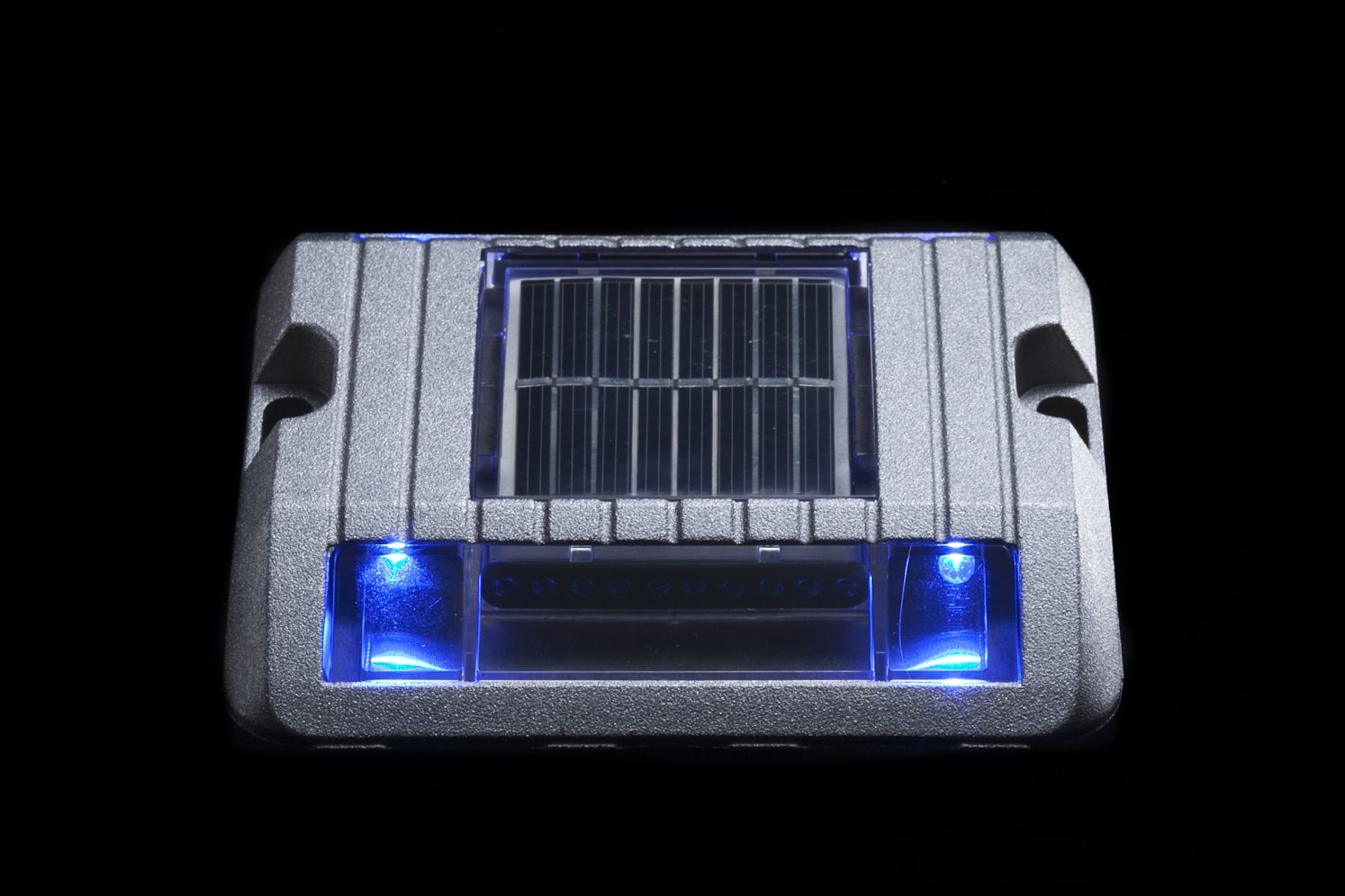 Balise solaire de sécurité pour bordure, îlot, giratoire ECO-118 bleu